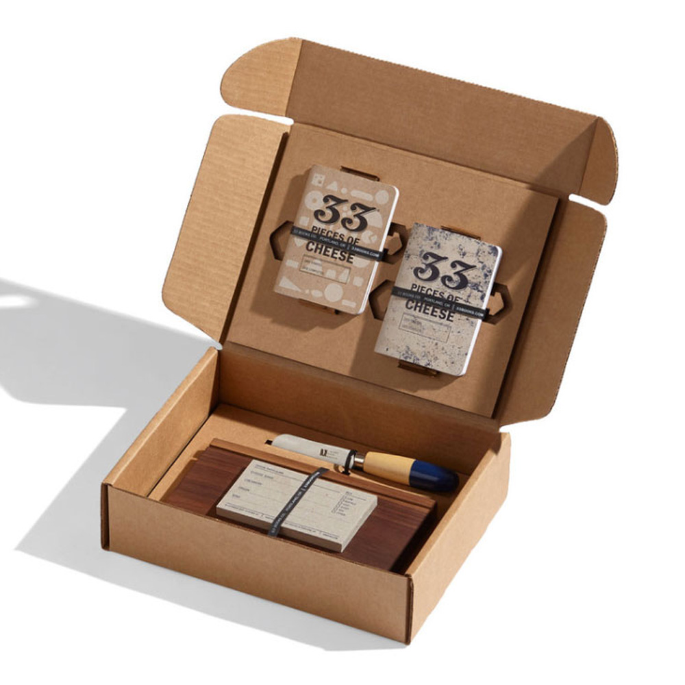 33 Books Co.: Deluxe Cheese Tasting Set