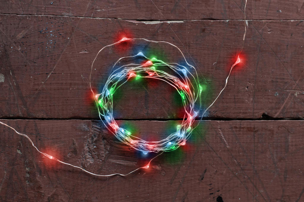 Kikkerland Multicolor String Lights